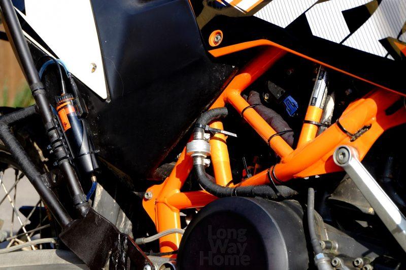 Filtr Golan wraz znowym układem przewodów paliwowych - Golan filter with new fuel hose layout