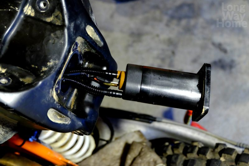 Uchwyt pompa paliwa - KTM 690 Enduro - Fuel pump housing