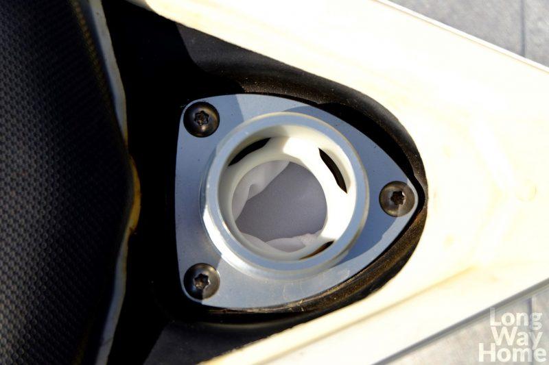 KTM 690 Enduro akcesoryjny wlew paliwa - Fuel filler adaptor KTM 690 Enduro