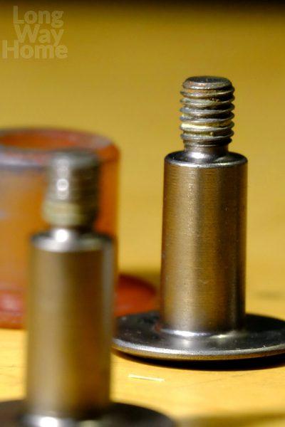 Stara zwidocznym zwężeniem - Old with visible undercut