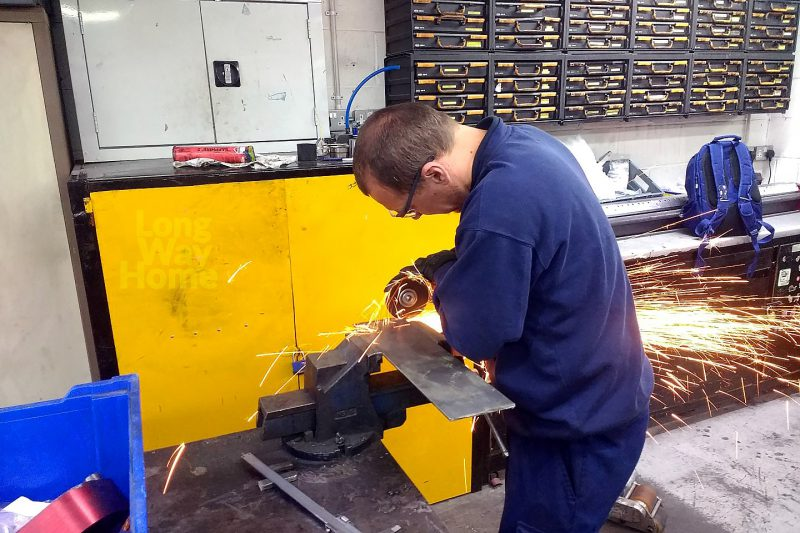 Docinanie brakującego pasa stali - Cutting missing part of steel