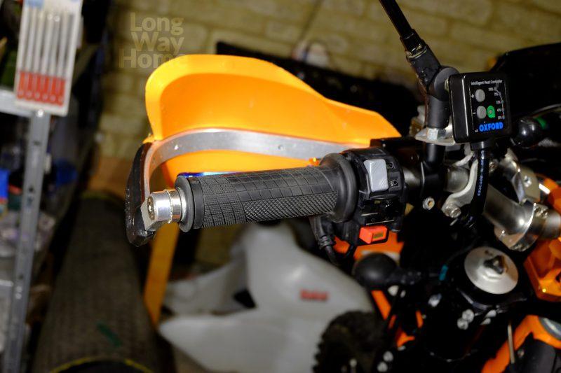 Podgrzewane manetki Oxford na KTM 690 Enduro - Oxford heated grips on KTM 690 Enduro